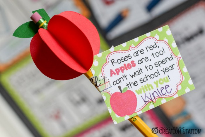 FREE Apple Teacher Gift Tags