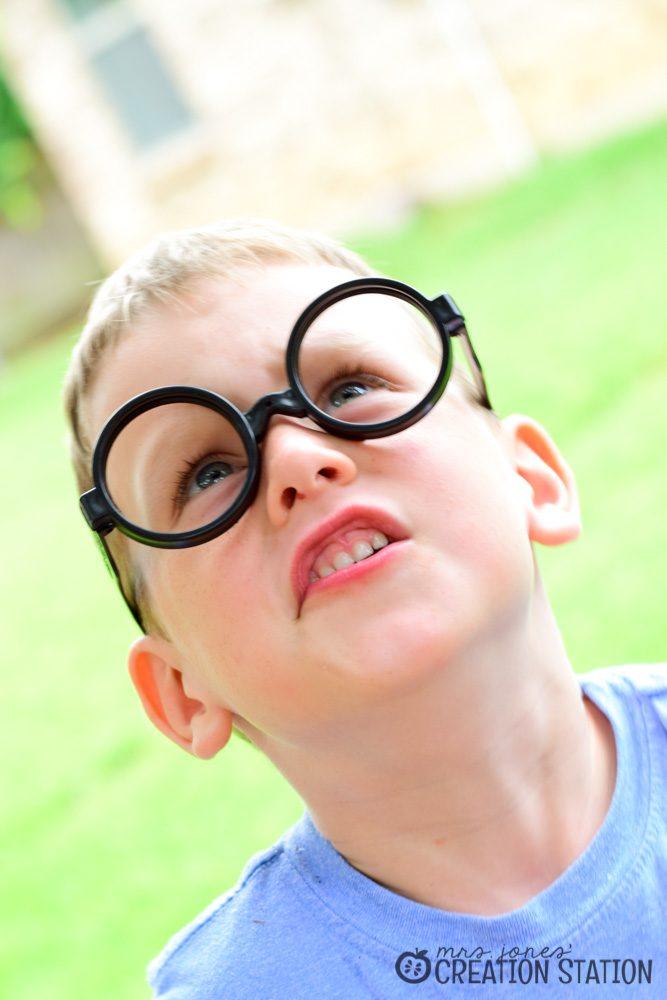 Five Senses Sight Looking Book Activity